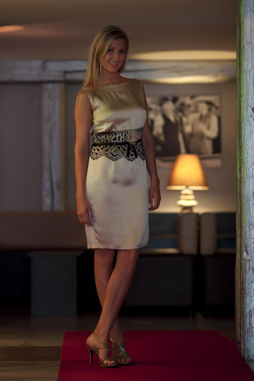 Robe En Soie Et Dentelle D Italie Fashion Night Couture